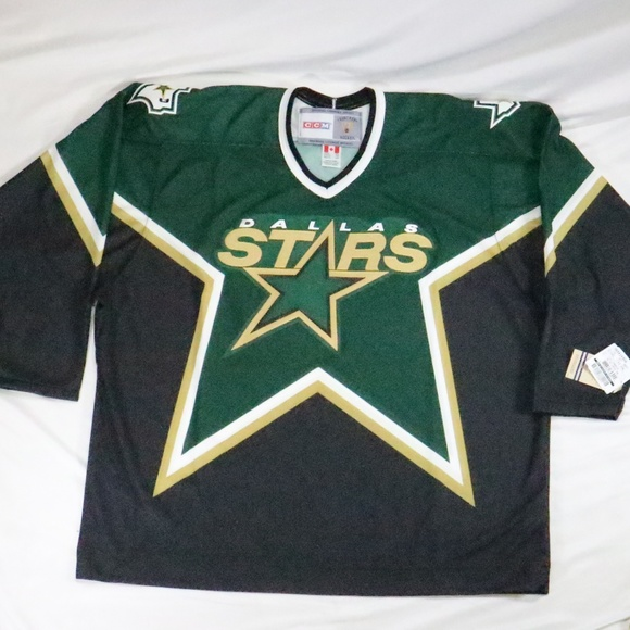 the latest 55fb3 6ace5 NWT CCM Vintage Hockey Dallas Stars Jersey